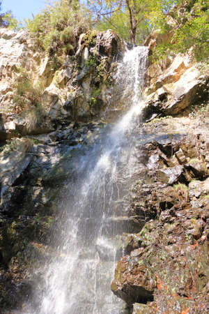 Caledonia waterfall in Troodos Mountains in Cyprus 免版税图像