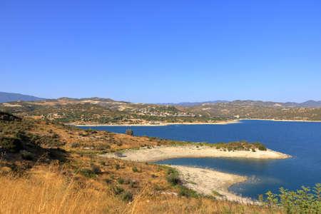 The Kouris reservoir, 15 km from Limassol, Cyprus 免版税图像