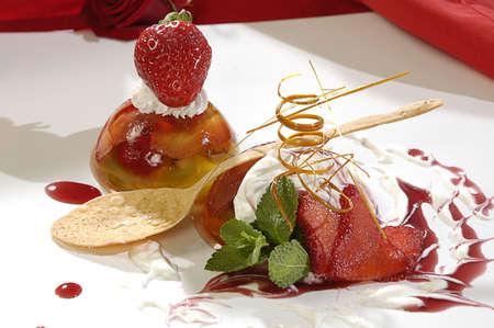 sweetness: luxurious dessert for the romantic meetings