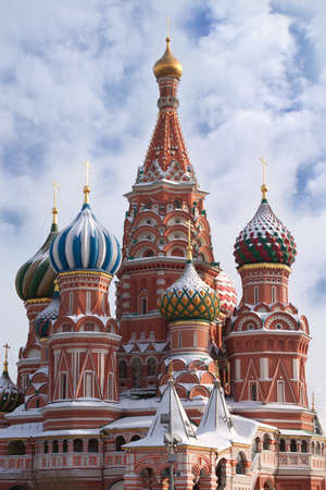 st basil s cathedral: St  Basil s Cathedral on Red Square in Moscow