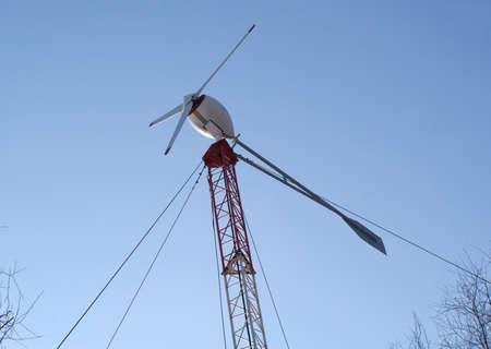 energia eolica: Generador de energ�a e�lica en la torre