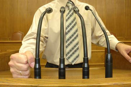 parlamentario: Pol�tico en el discurso parlamentario, el concepto de discurso