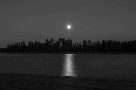 ladoga: Moon over Lake Ladoga, Russia