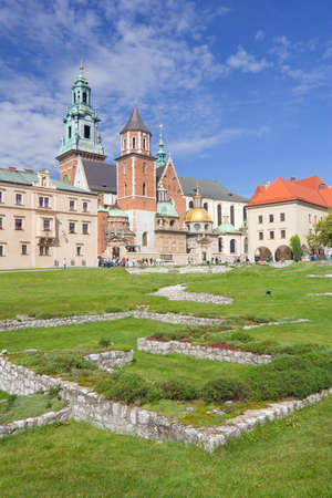 Wawel Cathedral, The Cathedral Basilica of Sts  Stanislaw and Vaclav on the Wawel Hill in Cracow  Stock Photo - 14814301