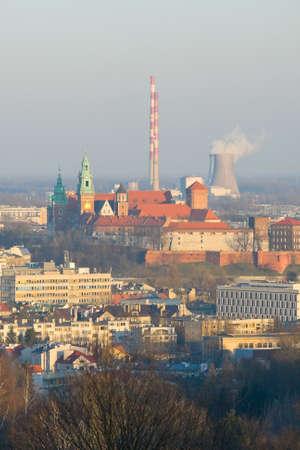 flue season: Cracovia, vista a�rea del hist�rico castillo de Wawel real