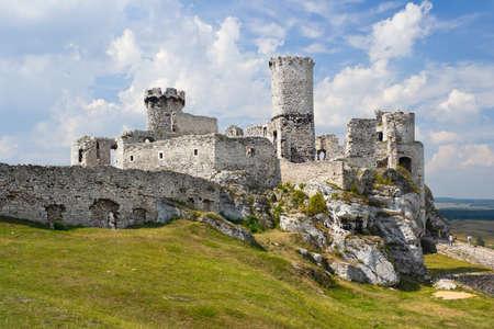Ogrodzieniec Castle, Poland.  Stock Photo - 16624653