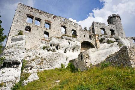 Ogrodzieniec Castle, Poland.  Stock Photo - 16624971