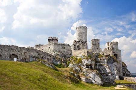 Ogrodzieniec Castle, Poland. Stock Photo - 16624505