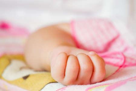 baby hand gesturing