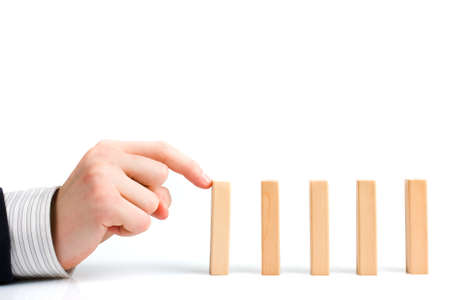 Concept de solution à un problème en arrêtant l'effet domino