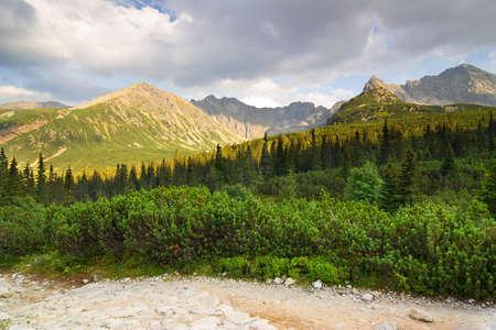 Gasienicowa Valley dans les montagnes des Tatras, Pologne