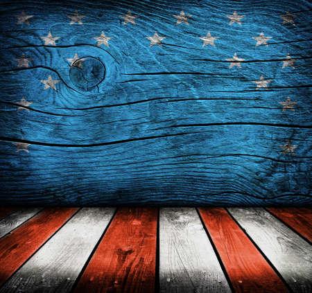 製品のモンタージュの準備ができてアメリカの国旗の色と空の内部の部屋 写真素材
