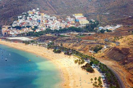 playa: Famous beach Playa de las Teresitas,Tenerife, Canary islands, Spain