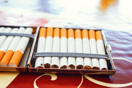 habbit: hand made cigarettes, close up