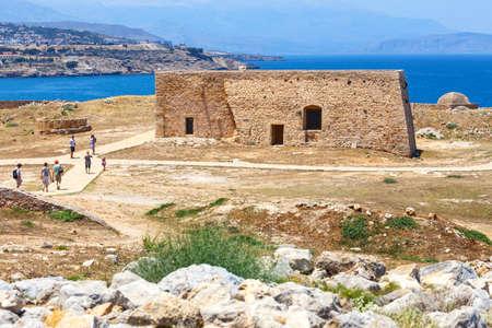 rethymno: Rethymno, Crete - 27 Maj, 2016 : Unidentified people visit Venetian fortress Fortezza in Rethymno, Greece