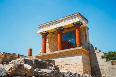 風光明媚な遺跡、ギリシャ ・ クレタ島でミノア クノッソス宮殿