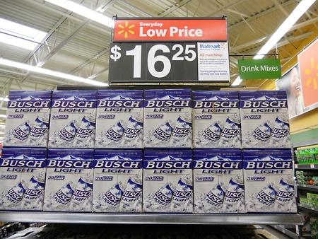 walmart: CLARKSTONWASHINGTON STATE USA _Busch light beer at low price at Walmart  5 March 2011