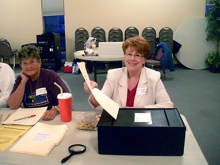 encuestando: LEWISTONIDAHOEstados Unidos _ lugar de votaci�n a votar forLewiston secundaria bonos pagan por impuesto a la propiedad remales valunteer verificaci�n indification de votantes el 8 de marzo de 2011     Editorial