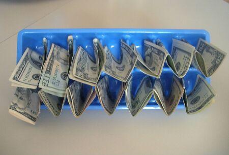 LEWISTONIDAHOUSA _ US Dollars various in paper notes 14 March 2011