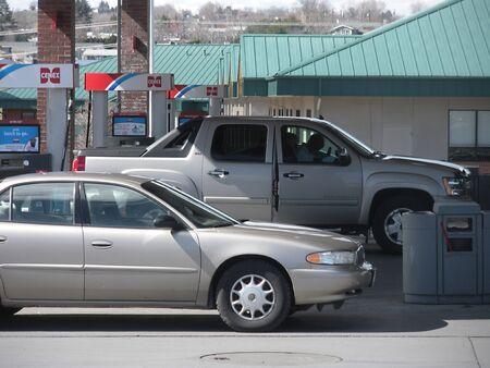 unleaded: LEWISTONIDAHOUSA _ High gasoline price 3.45 unleaded and 3.65 prem.unld at Cenex Gasoline station 17 March 2011