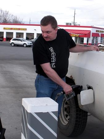 Prezzo del gas Rising LEWISTONIDAHOUSA _ 5C regolari che 3,49 pi� regolari e 11 c per deesel 4.15 in Idaho Stati Uniti dichiarano 24 marzo 2011      Editoriali
