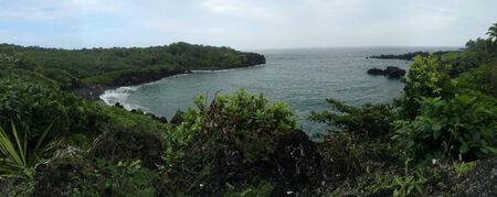 HANA  HAWAII  USA- paesaggio e acqua caduta in Hana Hawalli 13 nov 2014