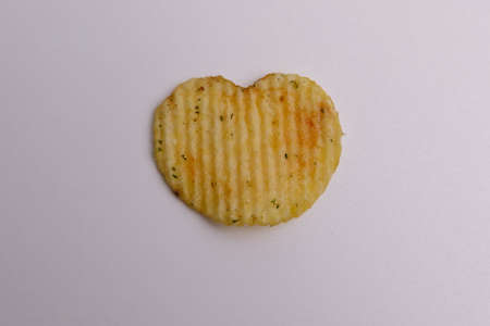 chips heart on a white background 版權商用圖片 - 142082355