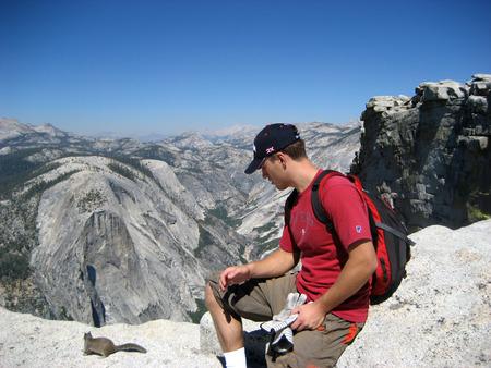 Yosemity, Tourist looking at mountains.