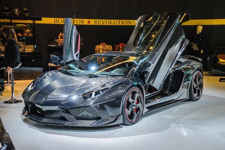 FRANKFURT - 21. September: Lamborghini Aventador Carbonado von Mansory präsentiert als Weltpremiere auf der 65. IAA (Internationale Automobil Ausstellung) am 21. September 2013 in Frankfurt am Main, Deutschland Editorial