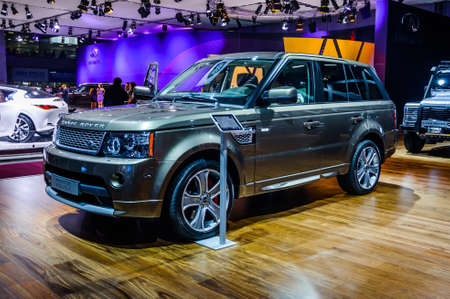 trade off: MOSCOW, RUSSIA - AUG 2012: LAND ROVER RANGE ROVER 3RD GENERATION presented as world premiere at the 16th MIAS Moscow International Automobile Salon on August 30, 2012 in Moscow, Russia Editorial