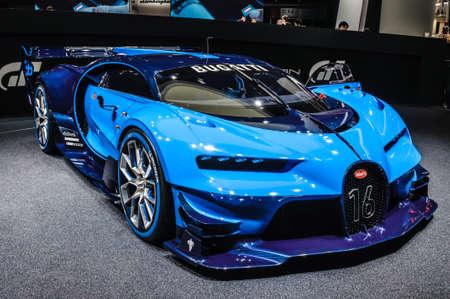 FRANKFURT - September 2015: Bugatti Chiron Vision-Gran Turismo präsentiert auf IAA am 20. September 2015 in Frankfurt am Main, Deutschland Standard-Bild - 46587233