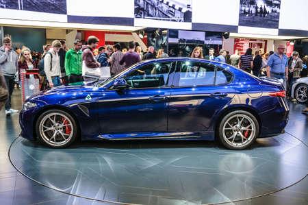 FRANCOFORTE - Settembre 2015: Alfa Romeo Giulia presentata alla IAA International Motor Show il 20 settembre 2015 a Francoforte, Germania Editoriali
