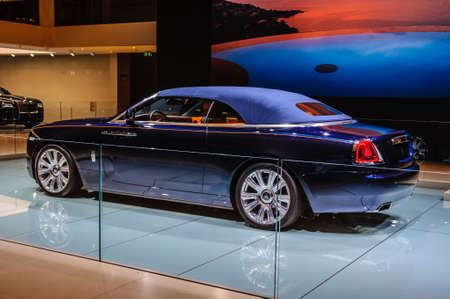 FRANKFURT - SEPT 2015: Rolls-Royce Phantom Coupe presented at IAA International Motor Show on September 20, 2015 in Frankfurt, Germany Stok Fotoğraf - 128619891