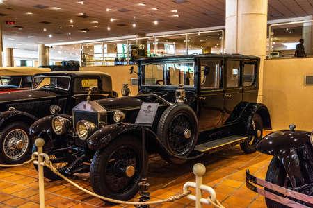 FONTVIEILLE, MONACO - JUN 2017: black ROLLS-ROYCE SILVER GHOST 1921 in Monaco Top Cars Collection Museum. Stok Fotoğraf - 128620140