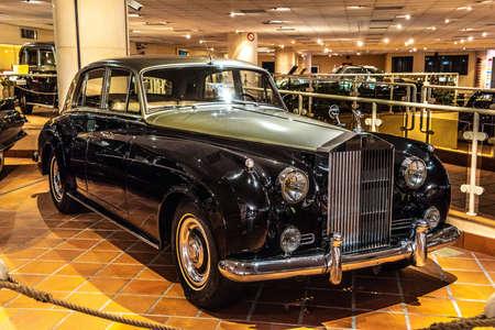 FONTVIEILLE, MONACO - JUN 2017: black silver ROLLS ROYCE SILVER CLOUD 1956 in Monaco Top Cars Collection Museum. Editöryel