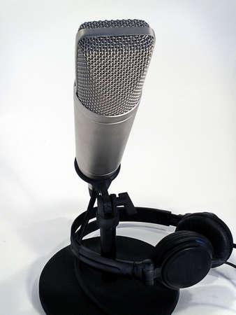 Professional studio microphone with headphones. Standard-Bild