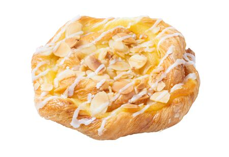 Fresh bun with sliced almond isolated on the white background Standard-Bild - 138146322