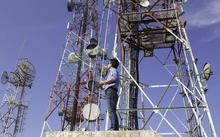 エンジニア通信アンテナをチェックします。