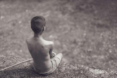 Junge eines Opfers mit Seil gefesselt Standard-Bild