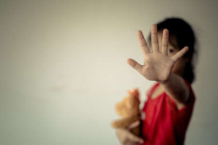 Stop abusing violence. violence, terrified , A fearful child.Stop abusing violence. violence, terrified , A fearful child