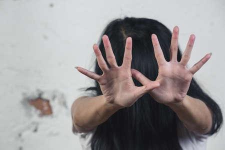 Fin de la violencia contra la mujer, Alto a la violencia contra la mujer, Acoso sexual, Día internacional de la mujer, Bondage.
