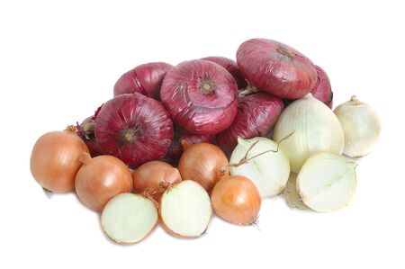 pungent: Bulbs of yellow, white and red onion on white background