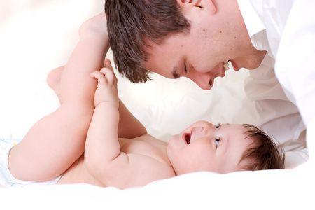 ritratto di padre e figlio su sfondo bianco Archivio Fotografico - 3473511