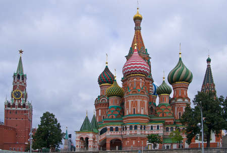 spassky: St  Basil cathedral on Red Square in Kremlin  Moscow, Russia