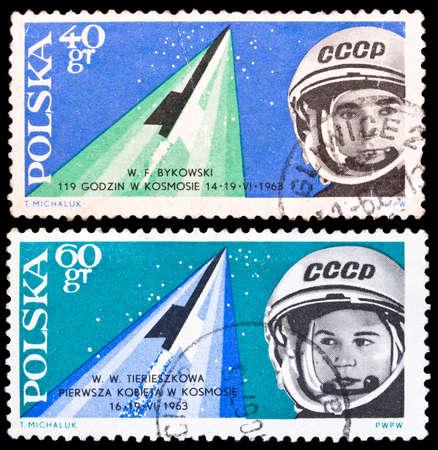 tereshkova: Polonia-CIRCA 1963 Set di Polonia francobolli dedicati allo spazio di volo di Valeri Bykovsky e Valentina Tereshkova, circa 1963 Editoriali