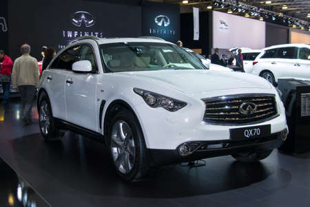 infiniti: MOSCOW-SEPTEMBER 2: Infiniti QX70 at the Moscow International Automobile Salon on September 2, 2014 in Moscow, Russia