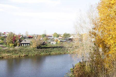 ロシアの村の風景です。川ツアー