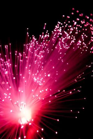 fibre optique: Red Fiber Optic Explode Banque d'images
