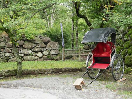 rikscha: Japanese rickshaw in garden