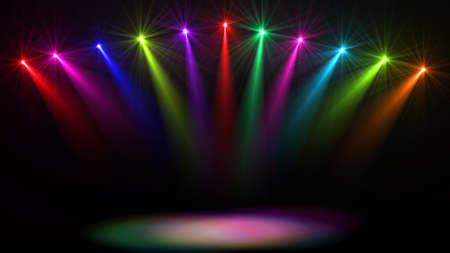 Stage lichten. Verschillende projectoren in het donker. Paars spotlight slaat door de duisternis